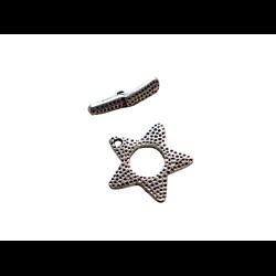 Fermoir toggle étoile texturée en métal argenté 22mm