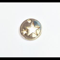 Breloque ronde aux étoiles évidées en métal doré 15mm