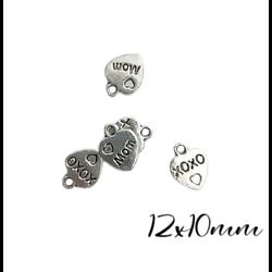"3 mini breloques coeur ""MOM"" et ""XOXO"" en métal argenté 12x10mm"