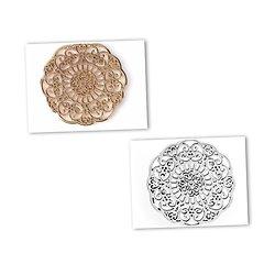 Estampe ronde / fleur ajourée en métal 31mm