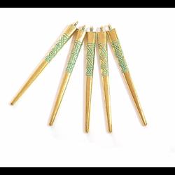 Longue breloque pointe en métal doré et vert-de-gris 5x55mm
