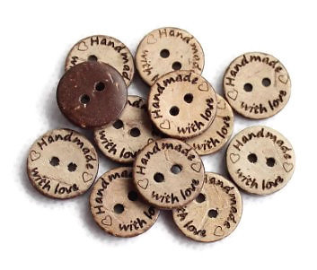 "2 boutons ronds en coco ""Handmade with love"" 20mm"