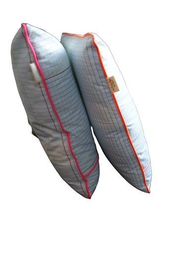 Housse de coussin passepoilée déhoussable en coton - Motif Seyes 40x40cm