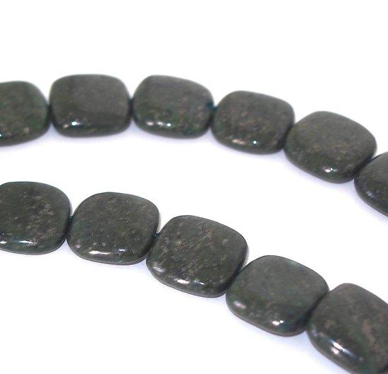 2 perles carrées  de jaspe vert kaki 16x16x5mm