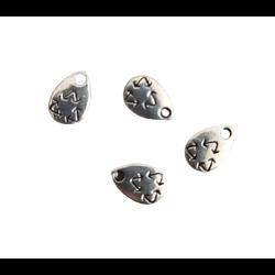 5 mini breloques goutte et symbole recyclage en métal argenté 10x7mm