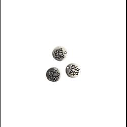 3 breloques rondes médaillon à la fleur de lotus métal argenté 8mm