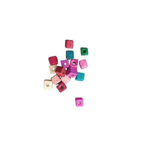 50 perles cube en bois de couleur 5mm