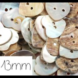 10 boutons coeur en nacre véritable 13mm