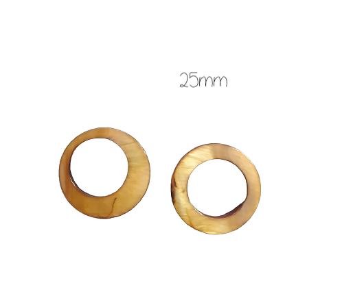 2 perles anneaux ronds en nacre marron clair 25mm