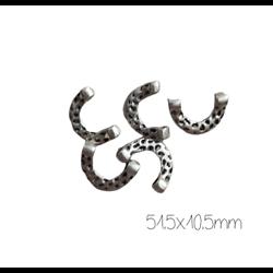 10 perles doubles U martelé en métal argenté 15,5x10,5mm