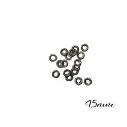 10 mini rondelles en métal argenté 4,5mm