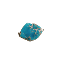 Connecteur en pierre teintée turquoise marbré et serti doré 42x30x6mm