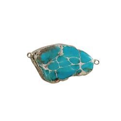 Connecteur en pierre teintée turquoise marbré et serti doré 51x28x6mm