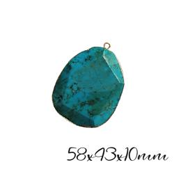 Très grand pendentif ovale en turquoise reconstituée et serti doré 58x43x10mm