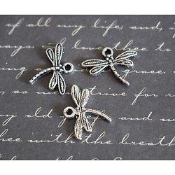 3 breloques libellule fine en métal argenté 18,5x15mm
