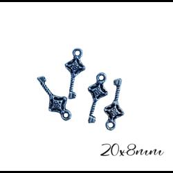 3 breloques clé en métal argenté 20x8mm