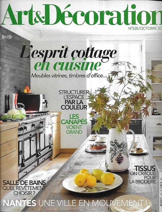 ART&DECORATION n°535 octobre 2018  L'esprit cottage en cuisine/ Château de Ferney-Voltaire/ Revêtements salle de bains