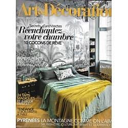 ART&DECORATION n°547 janv.-fév. 2020  Réenchantez votre chambre/ Pyrénées/ Papiers peints/ Tapis/ Fauteuils