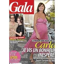 GALA n°945 20/07/2011  Carla Bruni/ Pitt & Jolie/ Beyoncé/ Aguilera/ Brassens