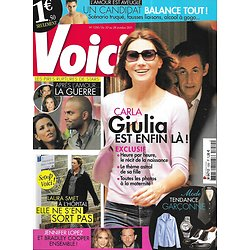VOICI n°1250 22/10/2011 Carla Bruni & Sarkozy: Giulia est là!/ Laura Smet/ Les pires ruptures de stars/ January Jones/ Bradley Cooper