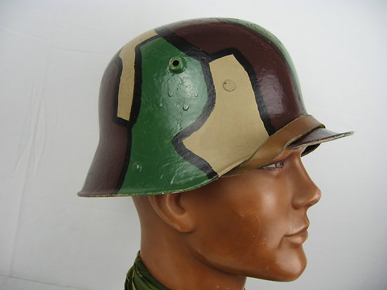 CASQUE ALLEMAND mod 1916 CAMOUFLAGE 3 TONS - WW1 - RESTAURATION