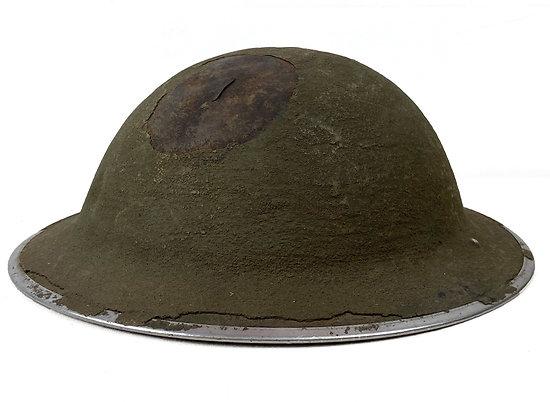 Casque Acier GB MK II - impactée - Relique Normandie 1944