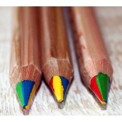 Crayon multicolore en bois
