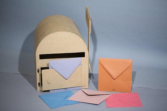 Enveloppe recyclée carrée 12.5x12.5cm Kraft et 100 gr