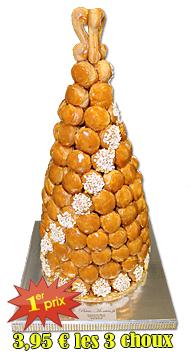 Pièce montée de choux, macarons de Paris