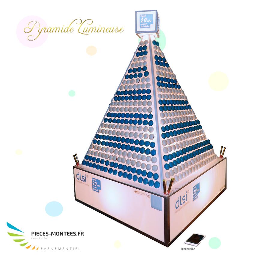 pyramide-de-macarons-limineuse4.jpg