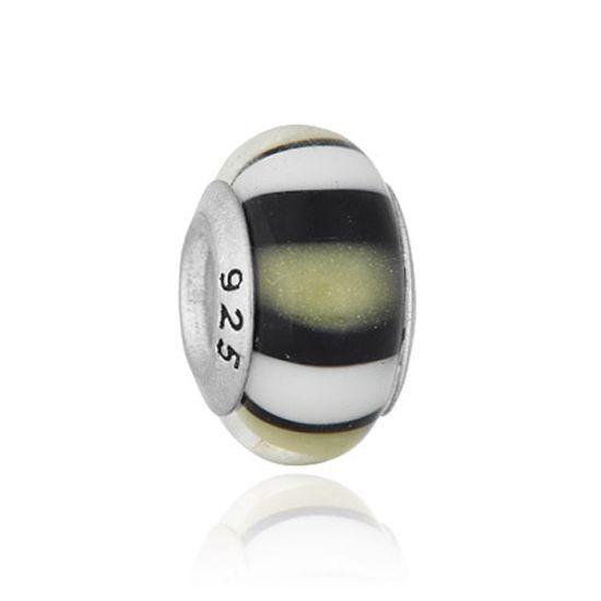 Perle en verre noir rayures blanches