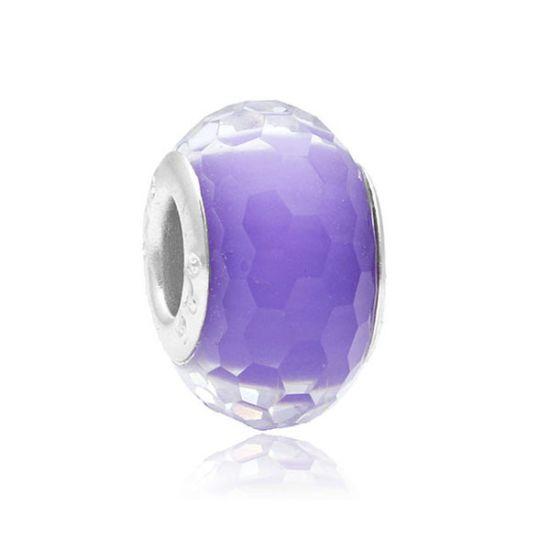Perle Violette à facettes