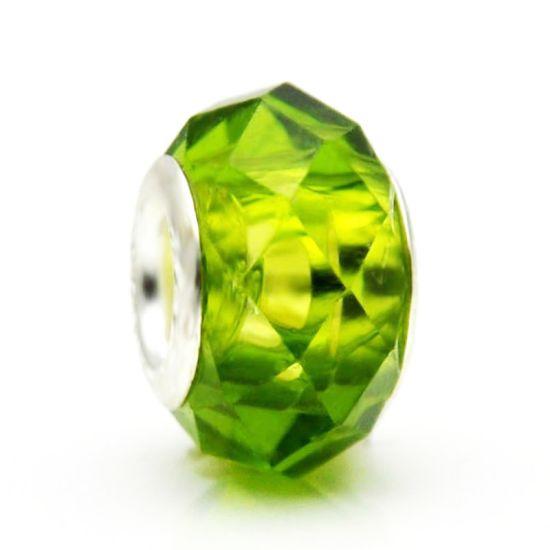 Perle en verre Vert à Facettes
