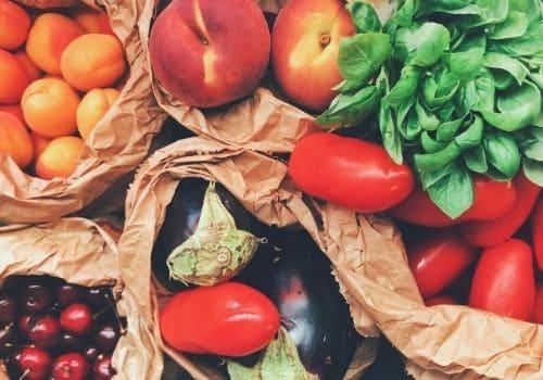 Manger sainement pour améliorer la fertilité féminine