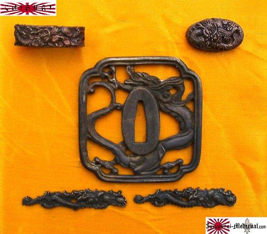 Ensemble Tsuba dragon