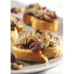 Bruschetta aux canneberges, parmesan et champignons