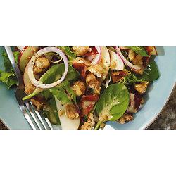 Salade aux pommes, noix et érable