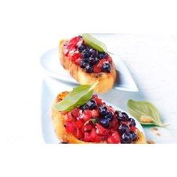 Bruschetta avec tomates et Bleuets