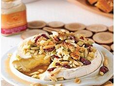 Brie fondant aux amandes et beurre d'érable