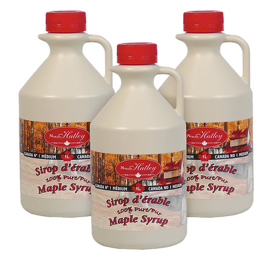 Set of 3 jugs of amber maple syrup