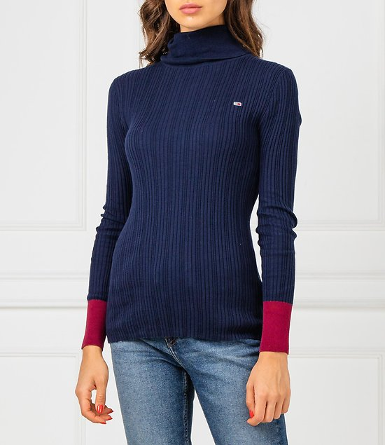 PULL FITTED ROLL NECK
