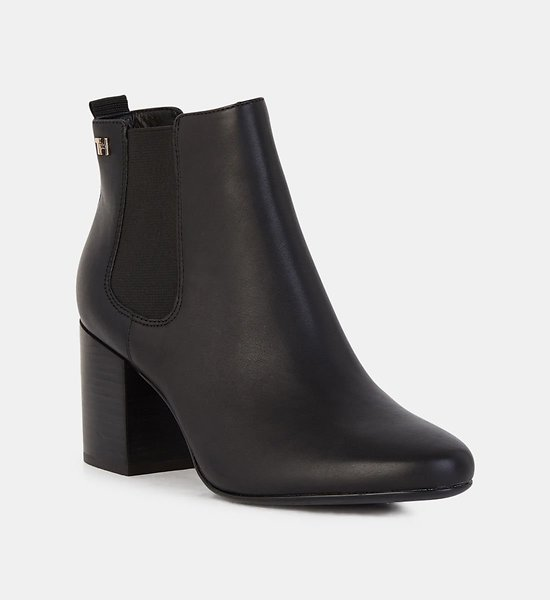 BOTTINES CHELSEA ESSENTIAL EN CUIR