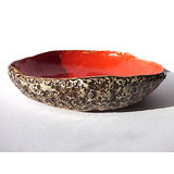 Plat  pouvant aussi servir de saladier, de coupe à fruits ou pour ikebana, composition florale